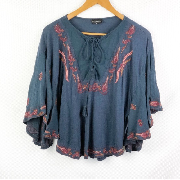 Lucky Brand Tops - Lucky Brand Embroidery detail trim butterfly, M
